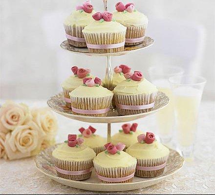 romantic-rose-cupcakes