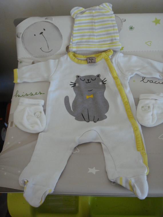 1er pyjama !!!