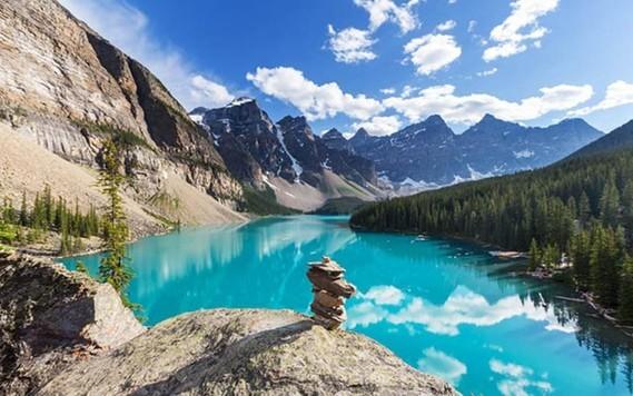 Canada (37)