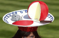 a-racegoer-poses-in-her-hat-on-the-third-day-of-racing-at-royal-ascot-in-southern-england_1000313