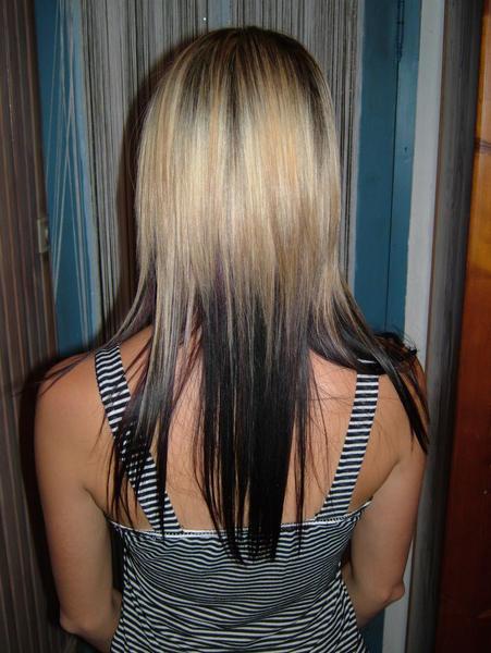Meche blonde sur couleur noir