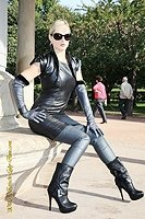 grey_leather_long_opera_gloves_outstanding_fetish_Leatherlady