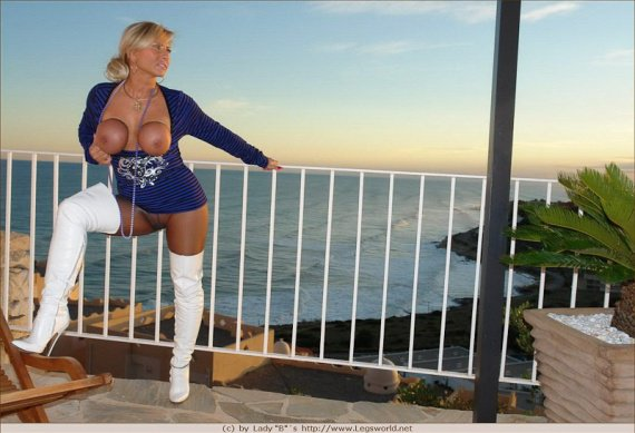 ladyb-milf-big-tits-in-pantyhose-and-white-boots-10