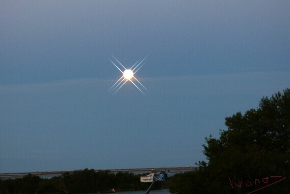 (C) Ivano Ghirardini-pleine lune du Lion-signe-Archange-Rhone-Embuchure-Nostradamus-Mikael-Michel-Sa