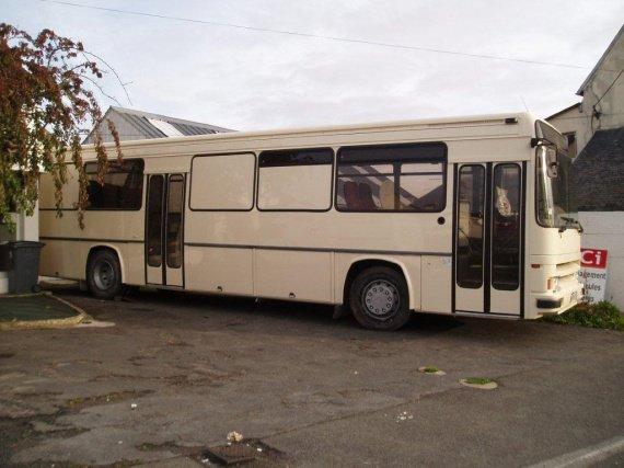 le ty coiff' bus peint