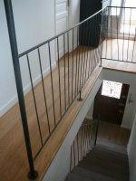 rampe d'escalier et garde-corps