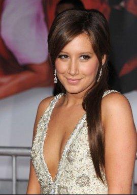 Ashley-Tisdale-nouvelle-brune_diaporama