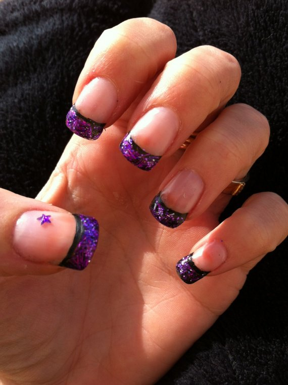 Gel Uv French Noire Flitters Et Paillettes Violettes Toile Mes Ongles Krysthen