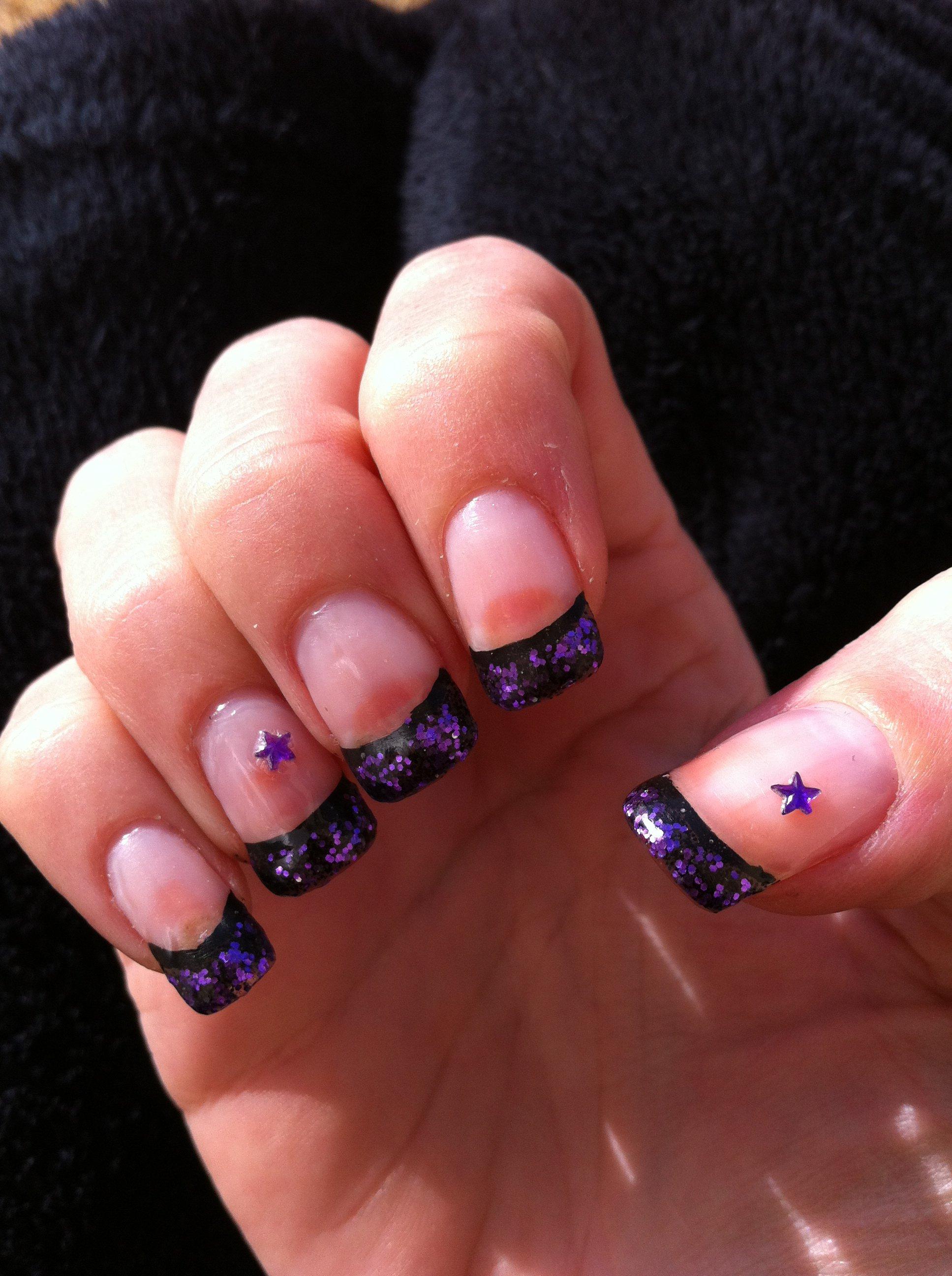 gel uv flitters et paillettes violettes 233 toile mes ongles krysthen