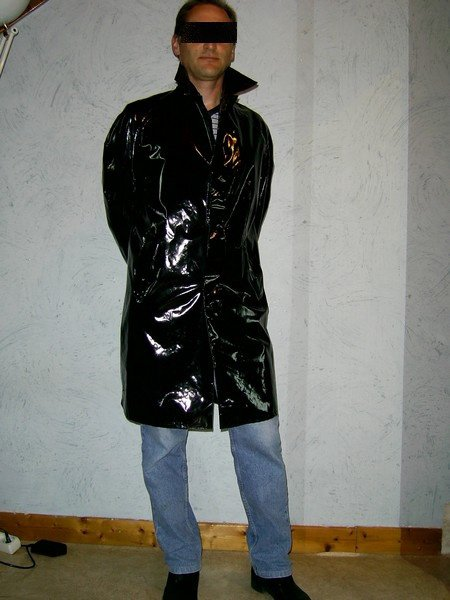 mon cir court noir porter des cir s pour hommes et tre la mode vinyl64 photos club. Black Bedroom Furniture Sets. Home Design Ideas