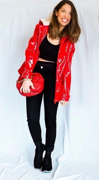 En rouge et noir.