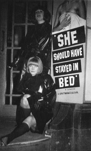 """""""Elle aurait dû rester au lit."""""""