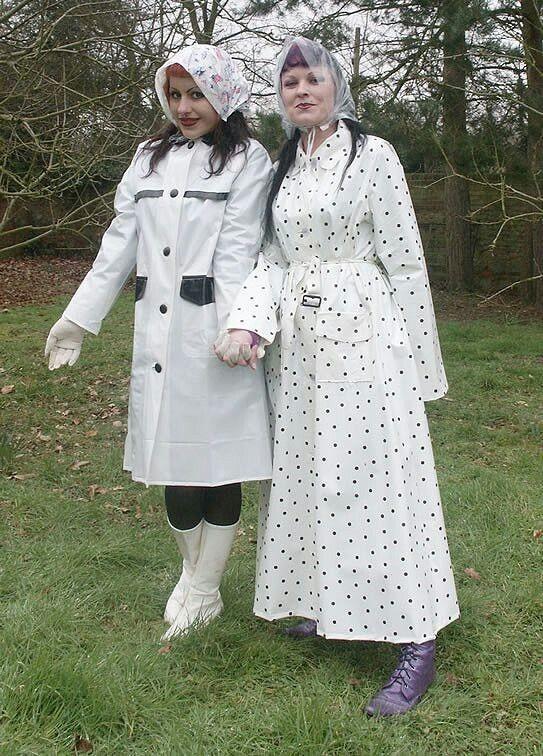 Helena & Celeste.