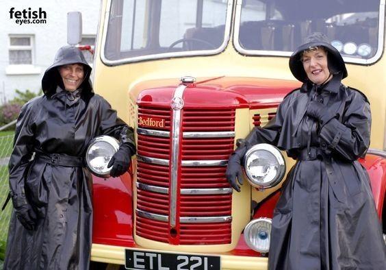 Chauffeurs de bus.