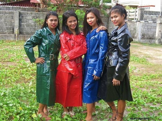 Ciré's girls.