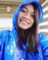 Le sourire en bleu.