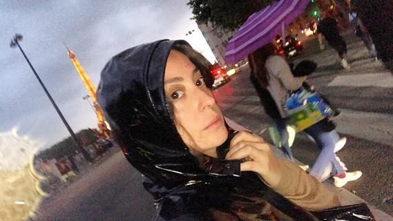 Selfie in Paris.