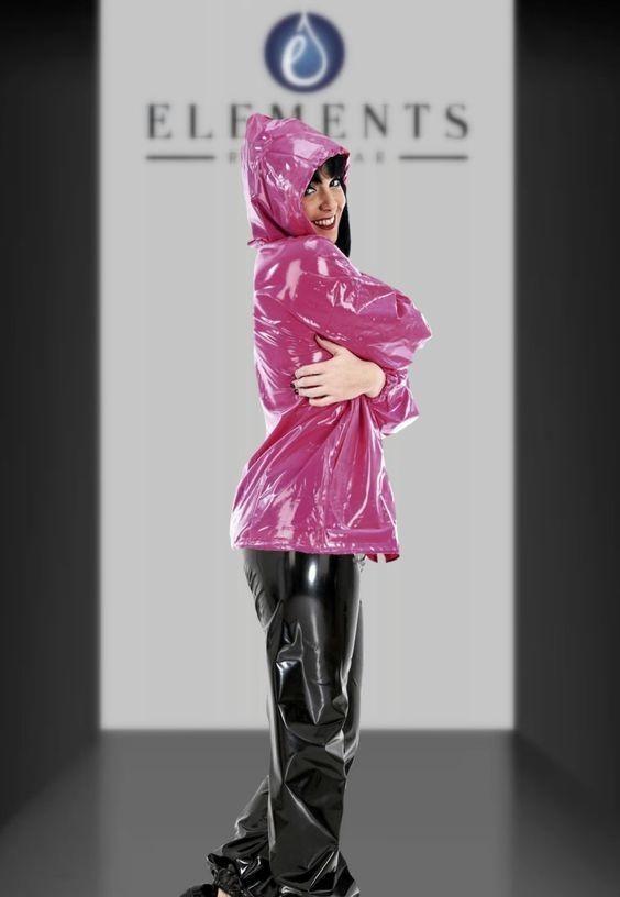 Défilé Elements Rainwear.