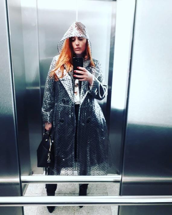 Miroir d'ascenseur.