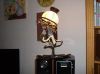 lampe tarabiscotée 2 allumée