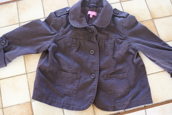 Caban/trench court fille 8 ans peu porter 9€