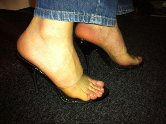 heels at work061