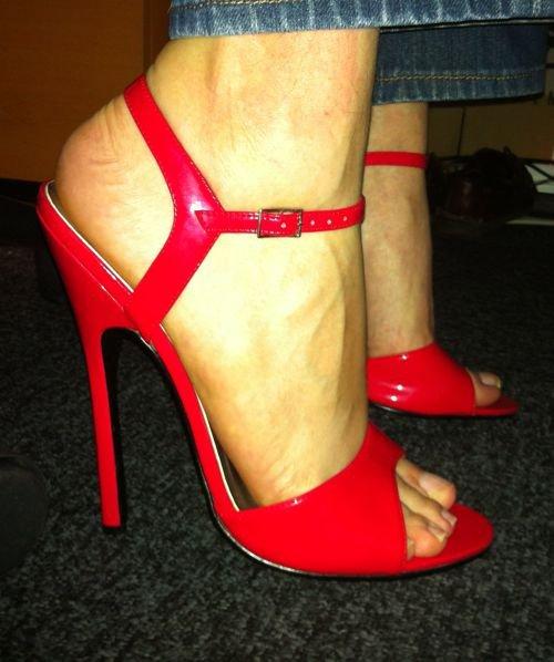 heels at work072
