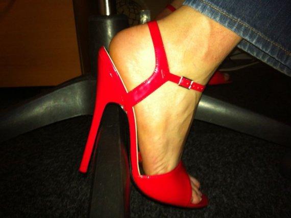 heels at work080