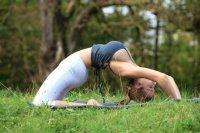 Jordan-Carver-Yoga-17