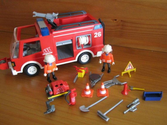 Playmobil camion de pompier 3880 28 euros vendu playmo - Playmobil de pompier ...