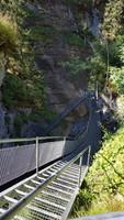 Randonnée vertigineuse dans les gorges près de Loeche
