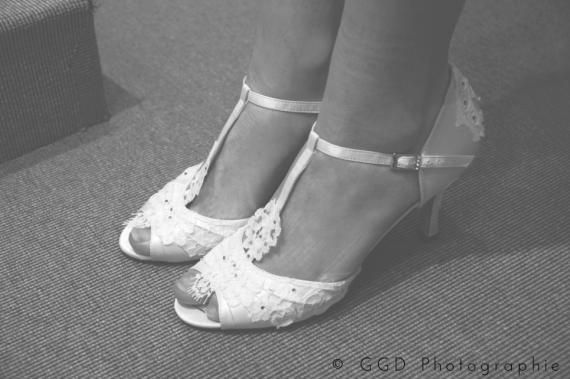 dossier-public-shoes-pb-img