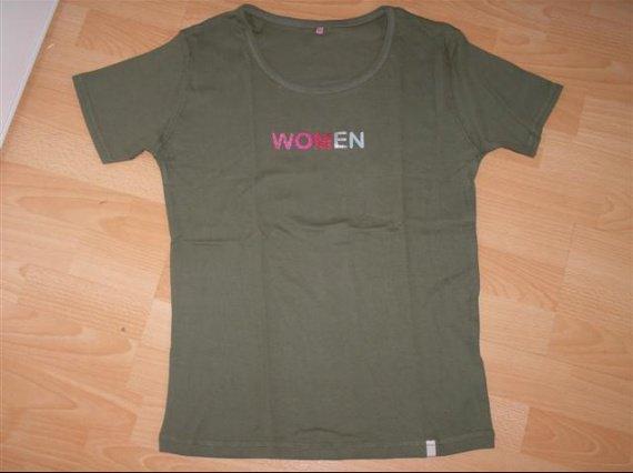 tshirt woman neuf T44/46 kiabi
