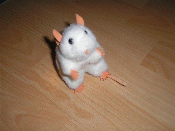 doudou souris blanche