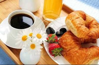 breakfast-served-on-a-tray-1