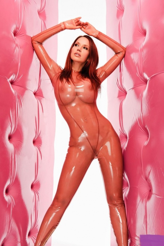 clearcatsuit_pinkwall8350_011