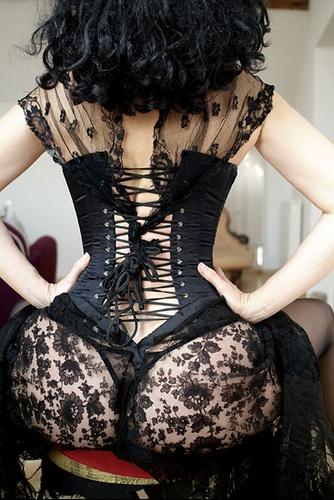 corset et dentelles