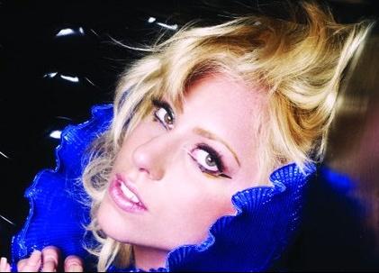 Lady-Gaga-en-marche-pour-les-droits-des-homosexuels