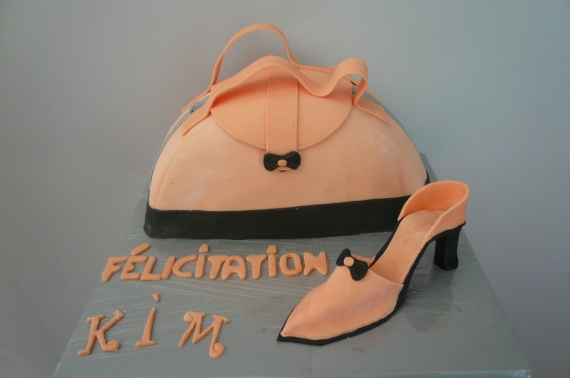 gateau mode sac et chaussure corail