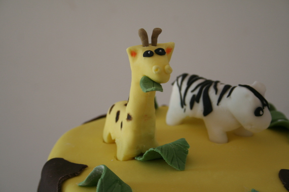 gateau safari - modelage girafe -maniedesgateaux