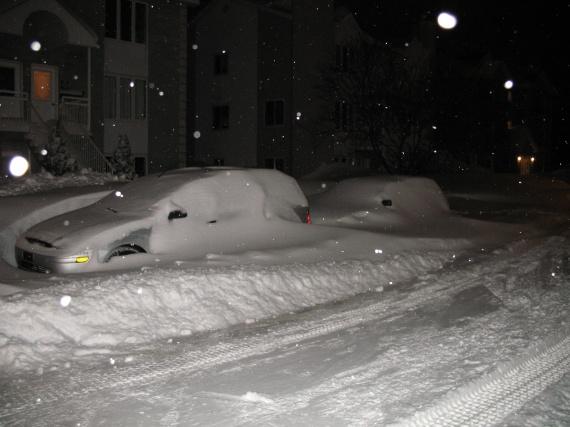voila nos autos... on les voit presque pu