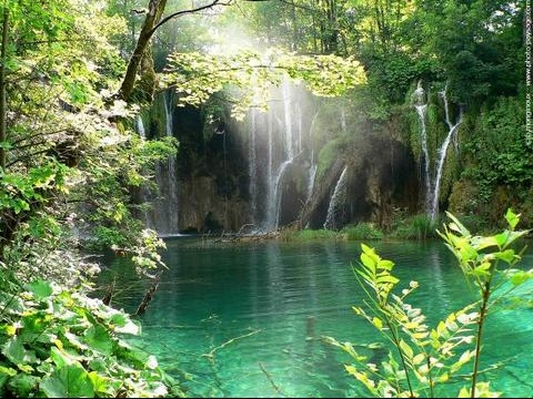 normal_paradis-lac-cascade-plitvice