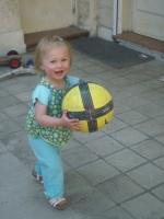 je joue au foot au grand desespoir de maman