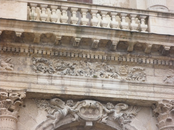 auch-detail-cathedrale-img