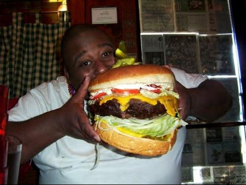 booker eating big burger