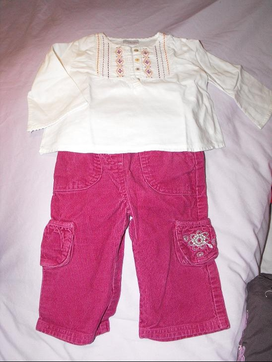 Ensemble pantalon velours  REDOUTE et blouse MILA BLUE 12 mois 4€