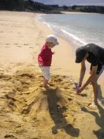 Petit volcan avec Papa en attendant la mer qui est entrain de monter