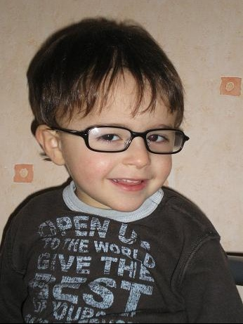lunettes de vue - Bébés de l année - FORUM Grossesse   bébé e27a2bf3eb4e