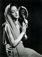 Man Ray     Nush au miroir