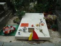 Emmanuel CABUT dit Mano Solo 1962-2010.